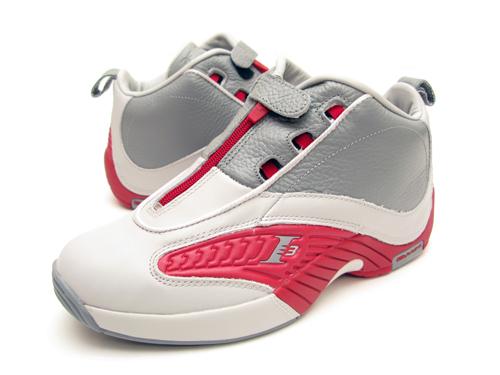 "03bb645063e Η γλώσσα έχει περιορισμένο εύρος κίνησης (σε αρκετά ζευγάρια και καθόλου)  το παπούτσι φοριέται σαν να φοράμε κάλτσα και αυτό δυσκολεύει λίγο στο να  ""μπει"" ..."