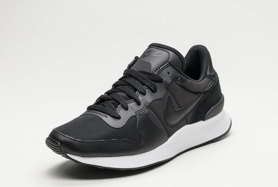 bf36597392a ... Nike Internationalist LT17 · Nike Internationalist LT17