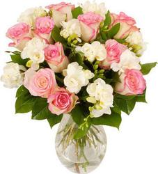618d5ce8dc22 τριανταφυλλα - Λουλούδια   Ανθοδέσμες - Skroutz.gr