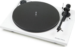 Pro-Ject Audio Essential II Digital with Ortofon OM 5E