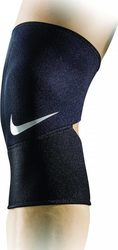 Nike Pro Closed Patella Knee